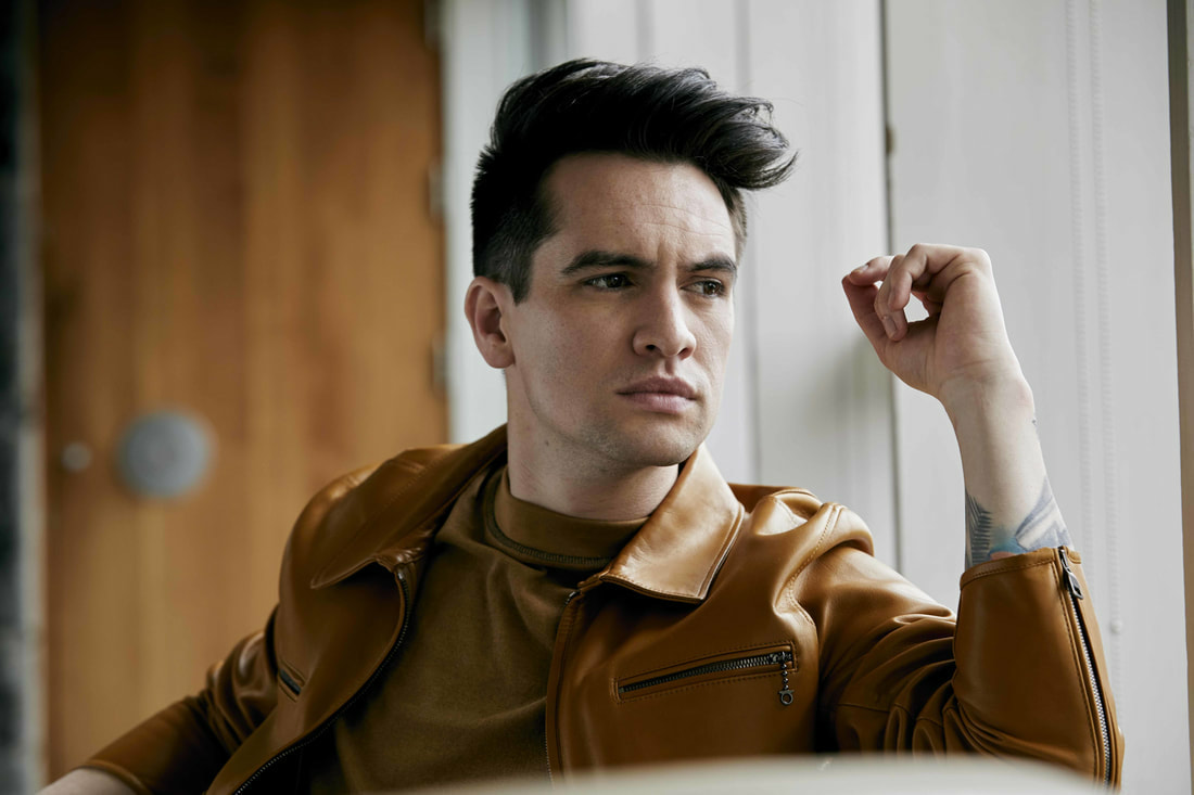 panic-at-the-disco-are-playing-the-greatest-show-cover-on-tour