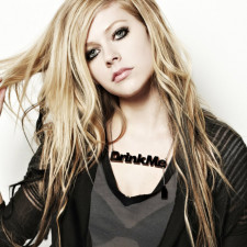 Avril Lavigne Releases New Track With Nicki Minaj