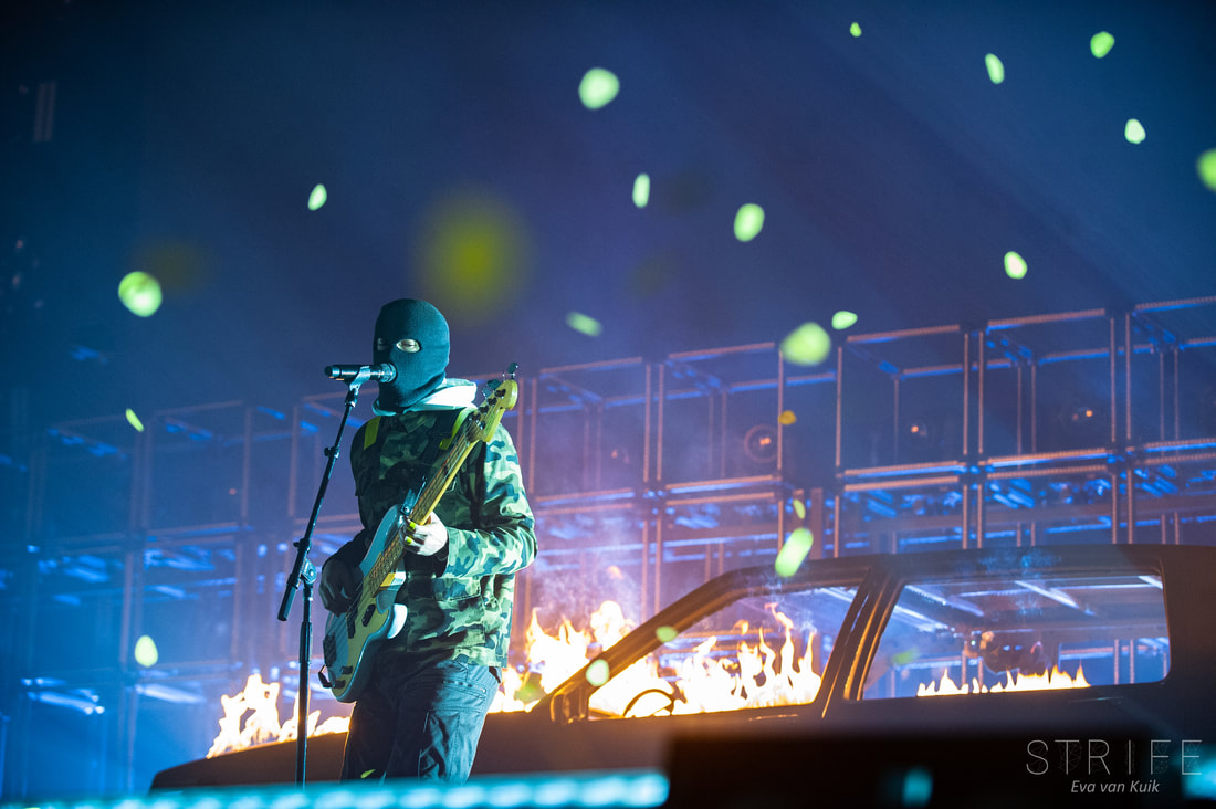 live-review-twenty-one-pilots-take-their-massive-bandito-tour-to-londons-wembley-arena