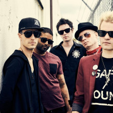 Sum 41, Andy Black, Sleeping With Sirens & More Have Been Announced For A Moving Festival