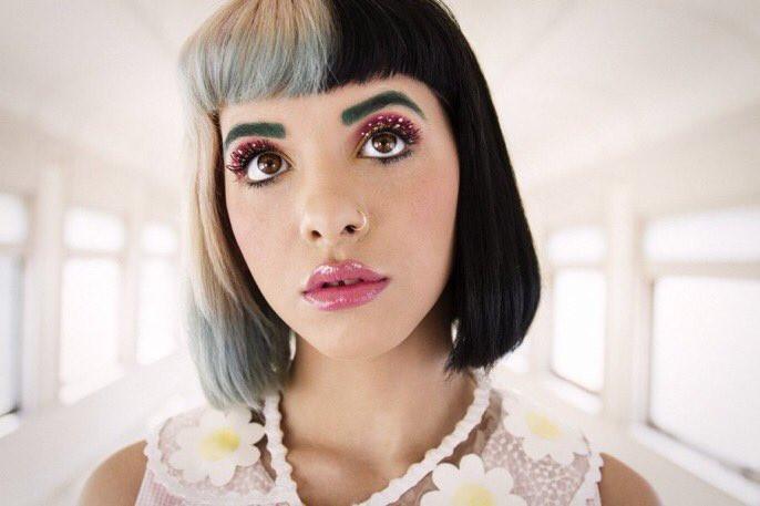 Melanie Martinez revela el título del álbum y las ilustraciones