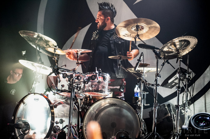 INTERVIEW: Everything 'EARTHANDSKY' With Of Mice & Men Drummer Valentino Arteaga