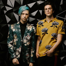 "LIVE REVIEW: iDKHOW ""Do It All The Time"" With Their Live Show, Regardless Of Their Place On A Lineup"