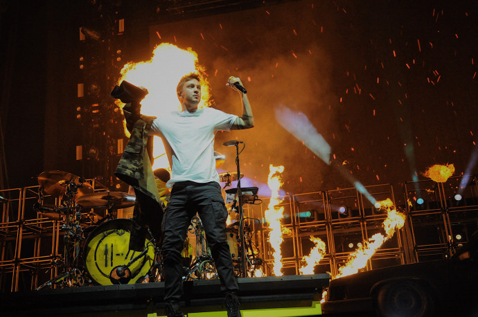 Twenty One Pilots, The 1975 & More Announced For Christmas Show