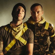 Twenty One Pilots Announce Show With Blackbear & Nothing But Thieves