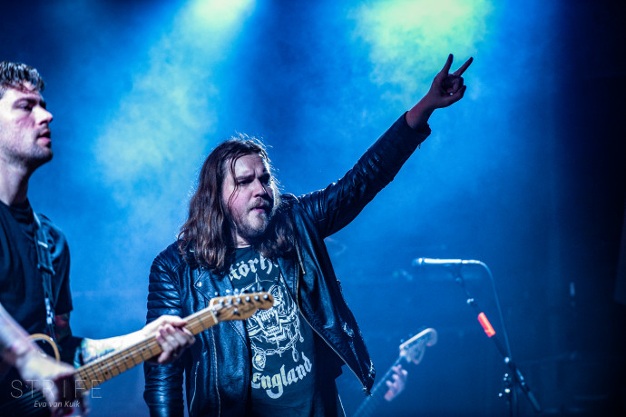 LIVE REVIEW: Wage War, Ded & Thornhill Take On Amsterdam With All-Destructive Performances