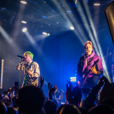 LIVE REVIEW: Waterparks Play Impressive Sold-out Show In Amsterdam
