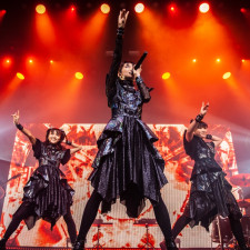 LIVE REVIEW: Babymetal Turn Tilburg Into 'Metal Galaxy' With Sold-Out Show