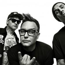 Blink-182 Say 'Fuck COVID-19' In New Single 'Quarantine'