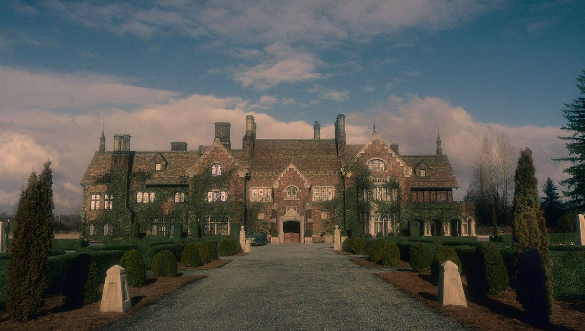the-haunting-of-bly-manor-1