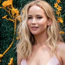 Jennifer Lawrence Sustains Injury During Filming New Netflix Movie, Production Shot Down