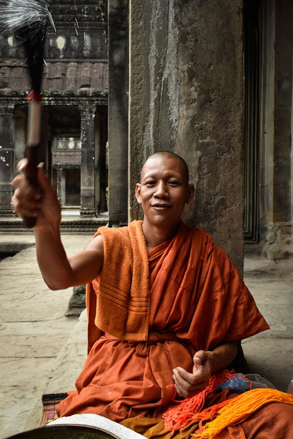 Cambodia photo tours Angkor Wat buddhist monk
