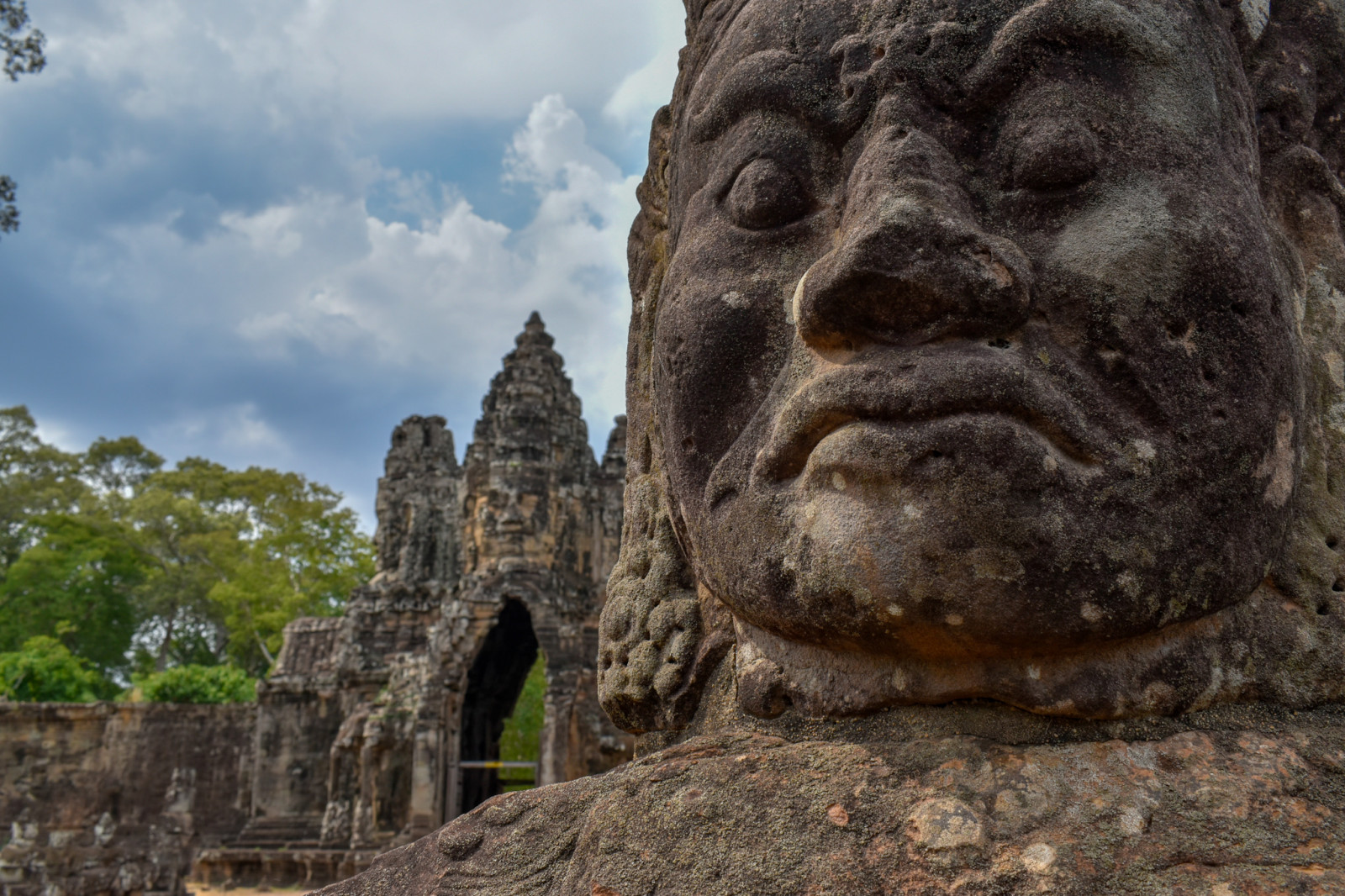 Cambodia photo tours Angkor Wat statues
