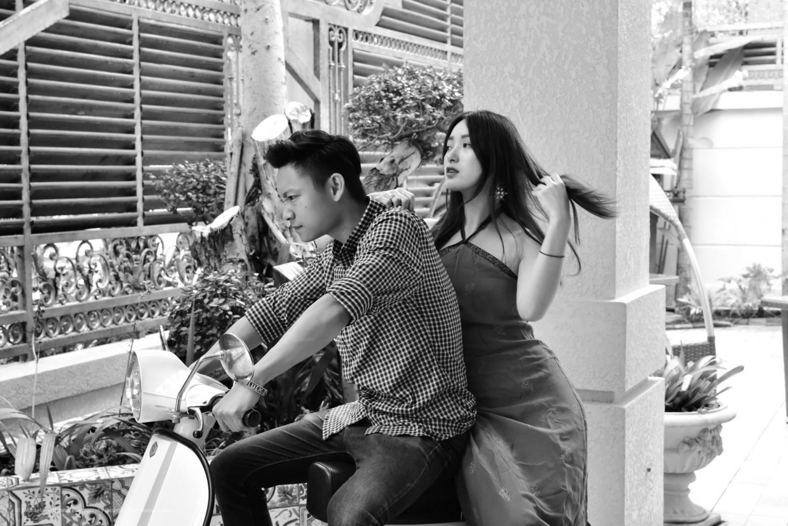 Phnom Penh hombre y mujer en moto