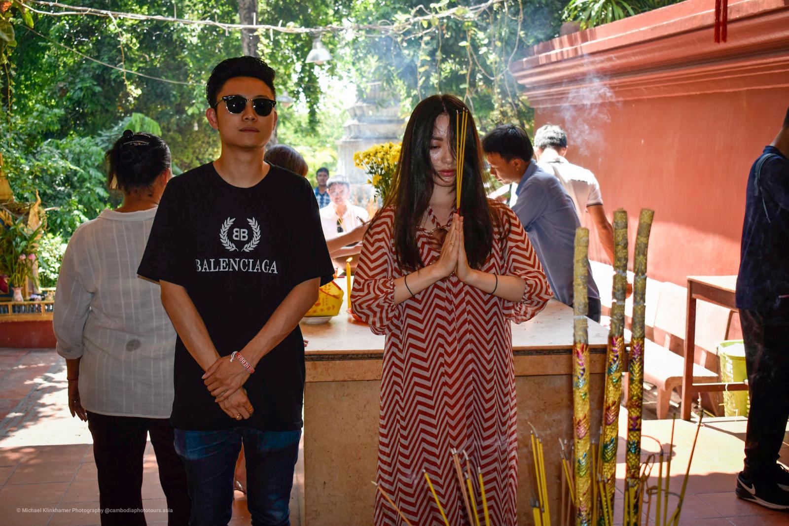 Wat Phnom Temple Prayer
