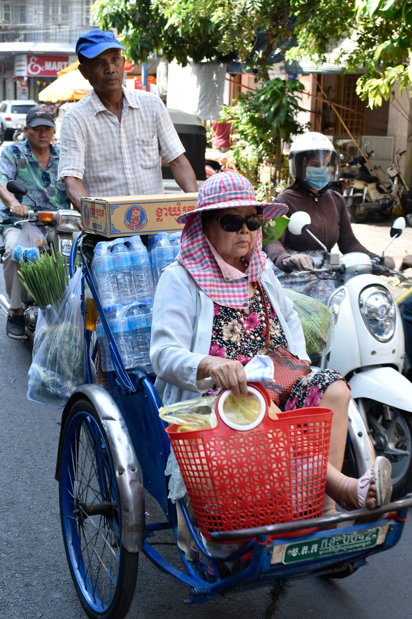 photo-tour-with-a-rikshaws-in-cambodia}