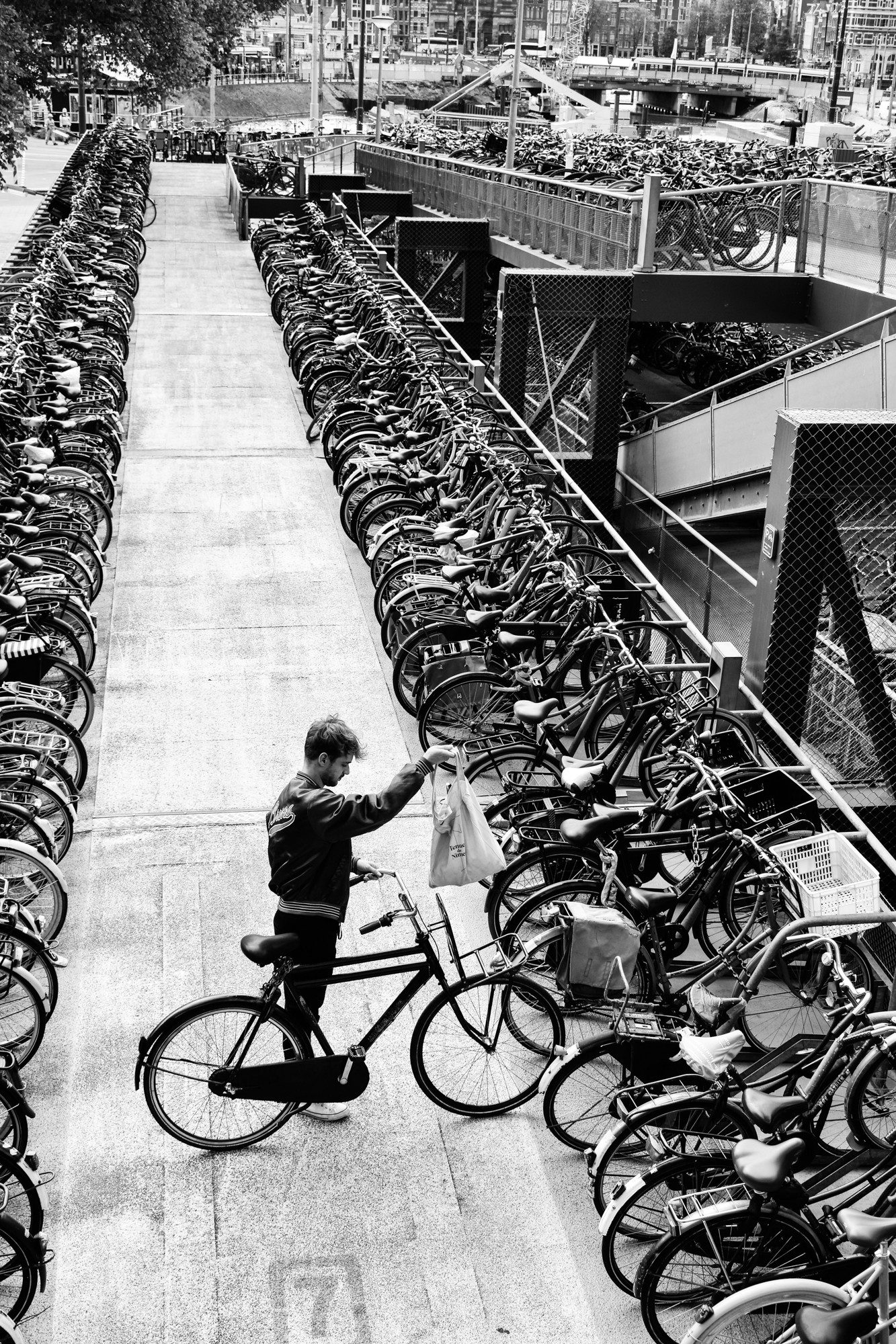 bike-parking-amsterdam-central-station
