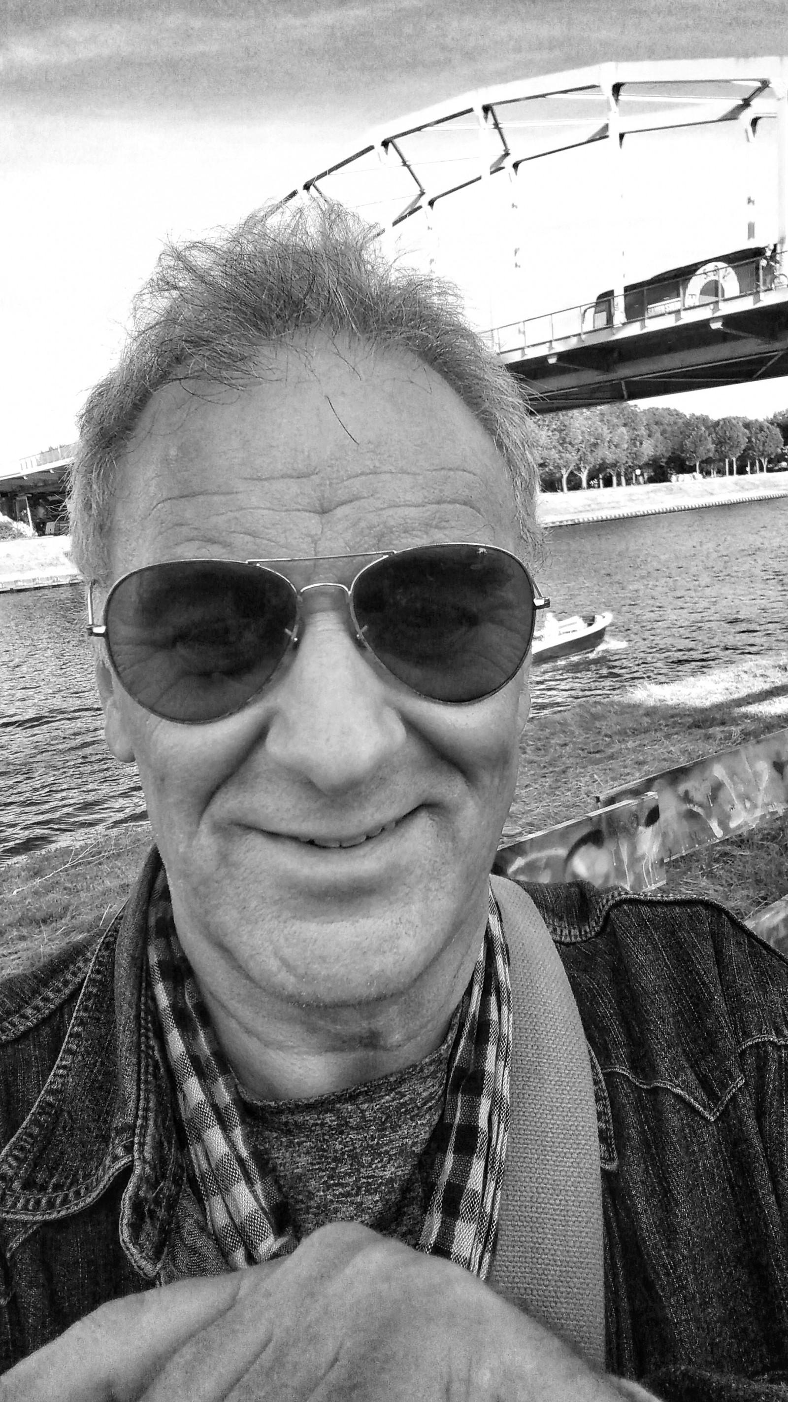 Amsterdam Michael Klinkhamer analog 13pxp selfie
