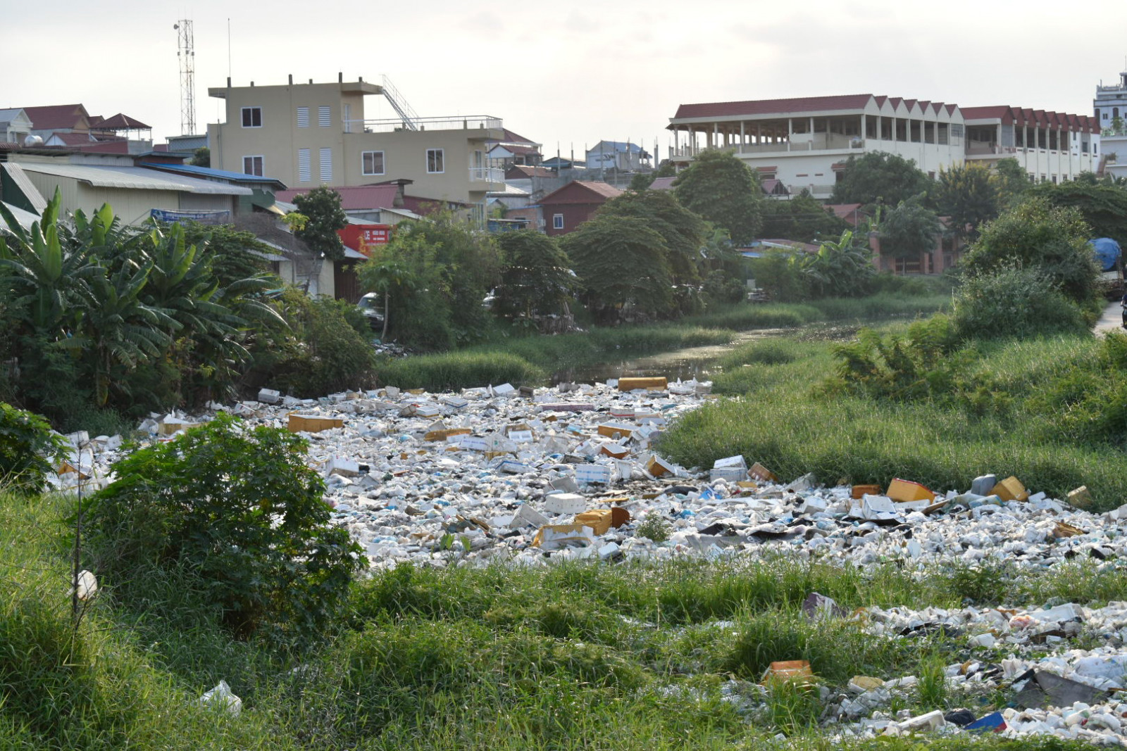 City of garbage Phnom Penh rivers of garbage 2