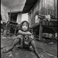 When will the poverty in the slums of Phnom Penh end?