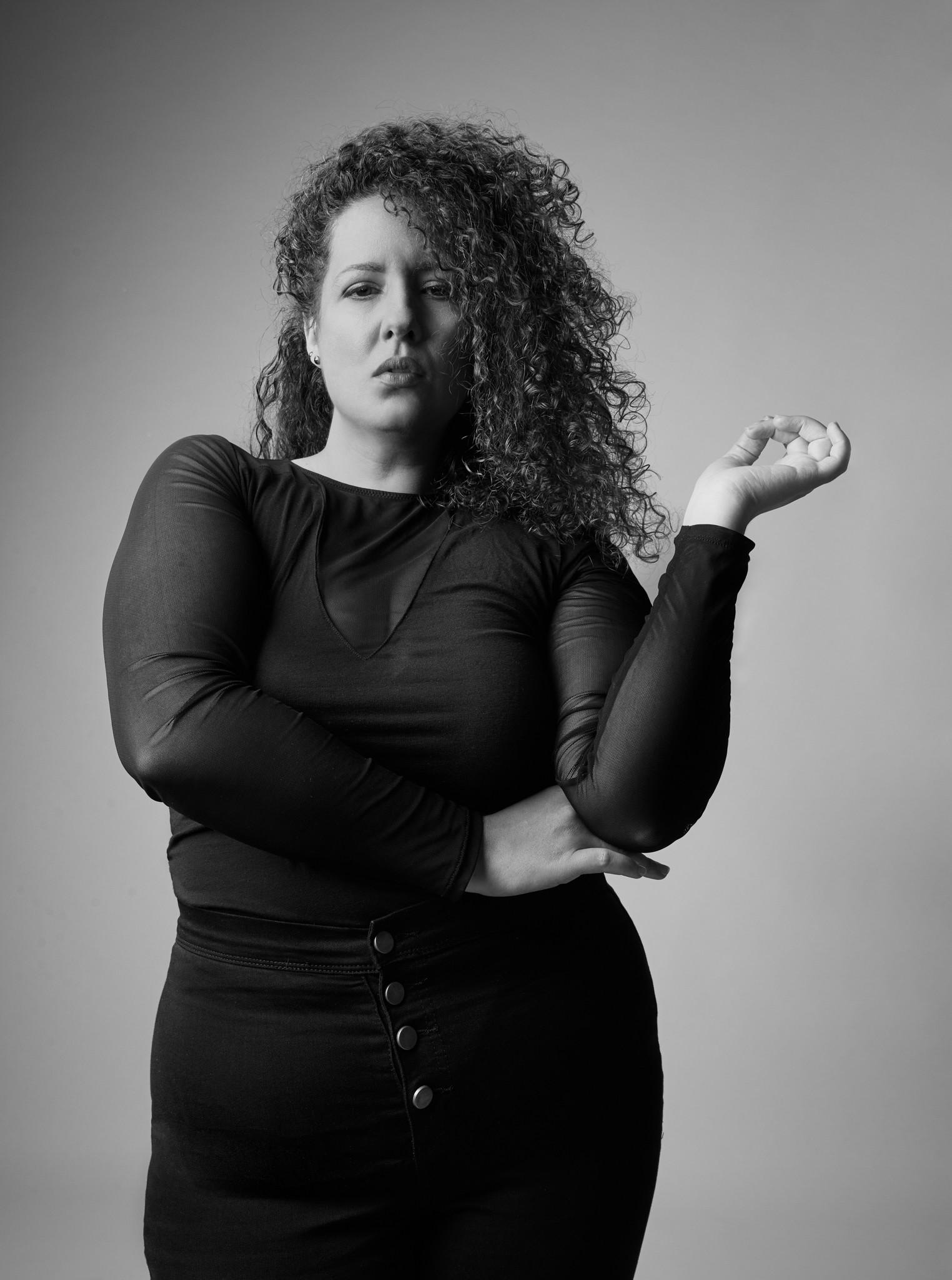 naline-zwart-wit-mode-fotografie-mollige-vrouw-jan-kruize