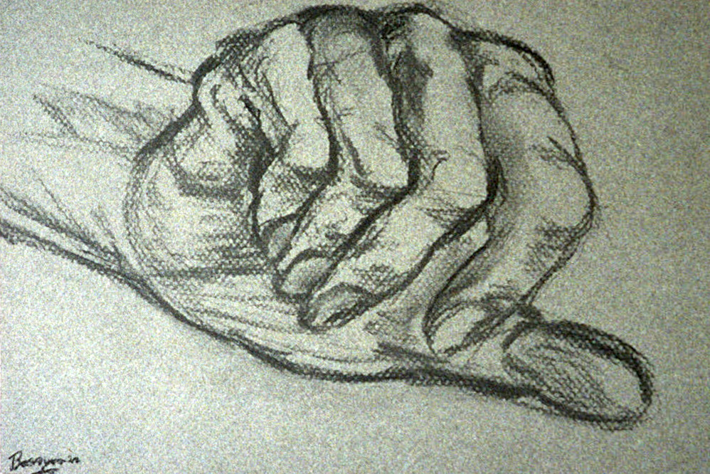 practise-hands-drawing-with-coal