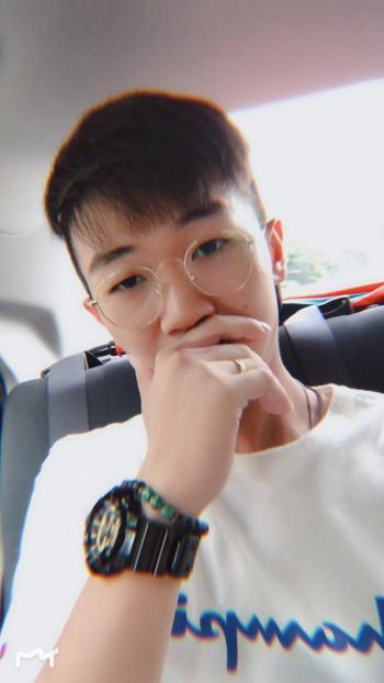 Maurtin Lau yen woon